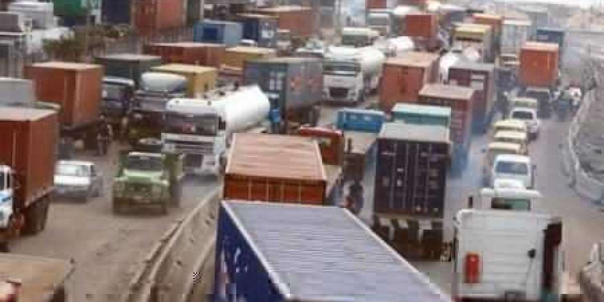 Tin Can Road: Union Orders Members To Shut Seaports