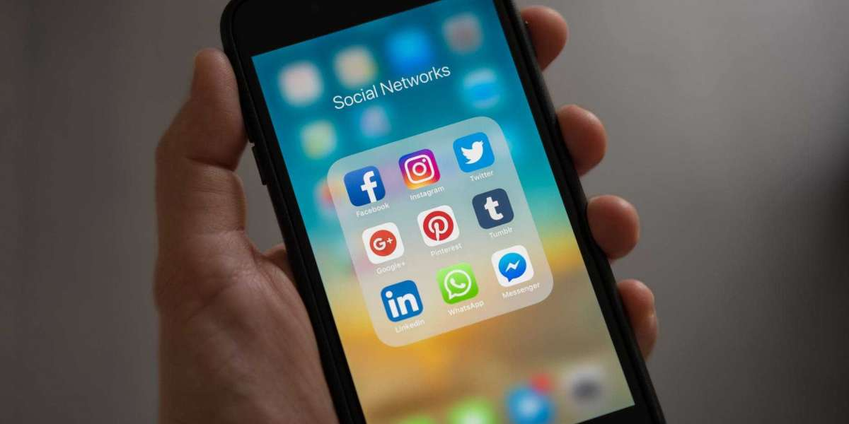 5 Ways To Use Social Media Marketing To Outrank Competitors